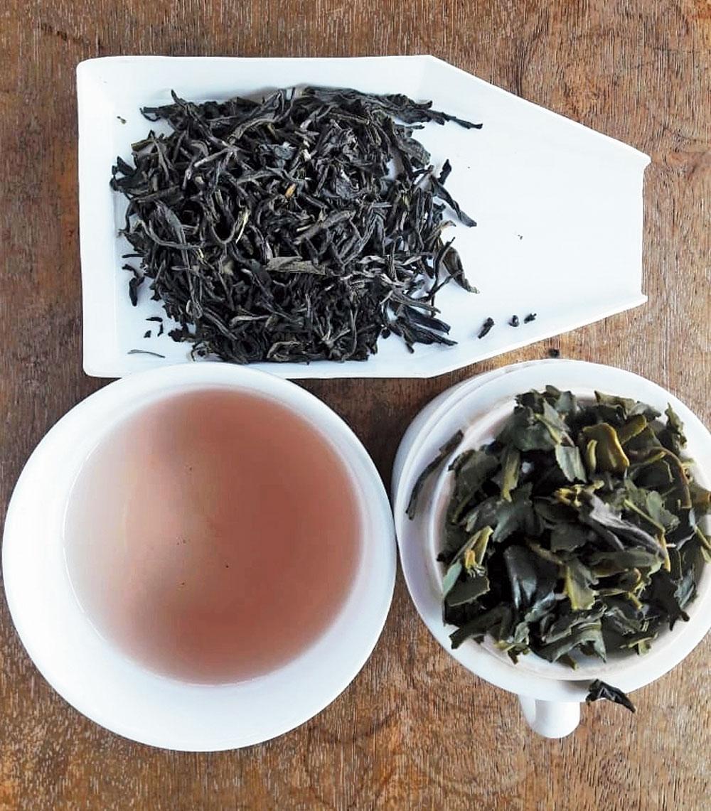 Donyi Polo purple tea