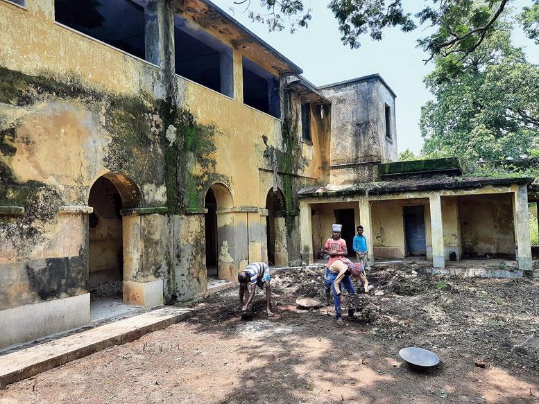 The renovation of the defunct sanatorium in progress at Dubrajpur in Birbhum