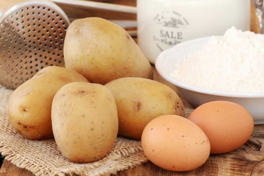 The report says that South Asians on an average eat 1.5 times the recommended amount of potato while sub-Saharan Africans consume 7.5 times this amount.