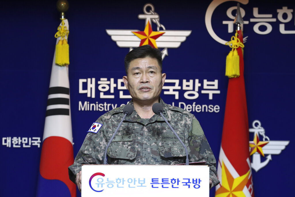 South Korea's director of operations in Joint Chiefs of Staff Jeon Dong Jin briefs to the media at the defense ministry in Seoul, South Korea, Thursday, November 28, 2019.