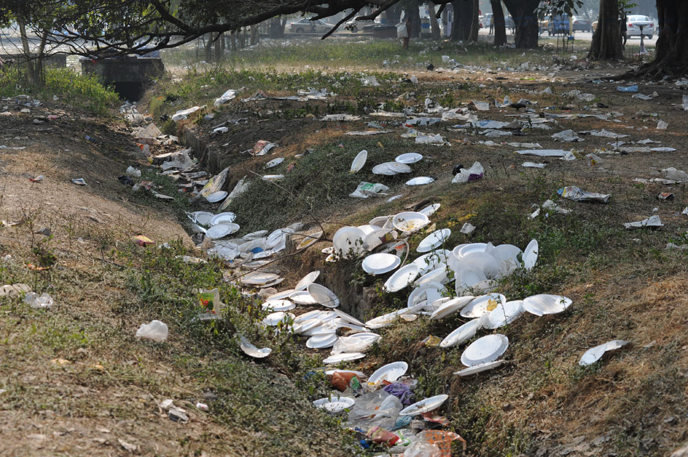 Littering now invites a fine of Rs 5,000 to Rs 1 lakh in Calcutta
