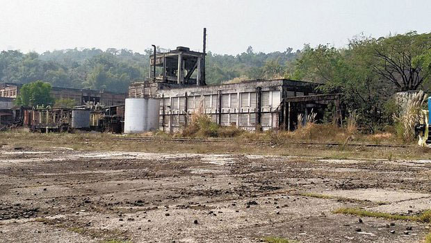 Cachar Paper Mill in Hailakandi district and Nagaon Paper Mill in Morigaon district, have been lying non-functional since October 2015 and March 2017 respectively.