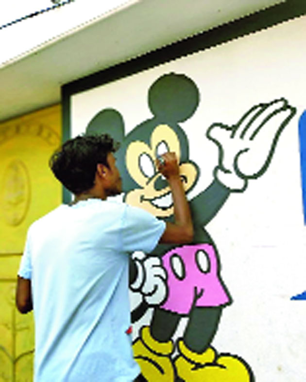 Animesh uses popular cartoon characters to teach neighbours social distancing