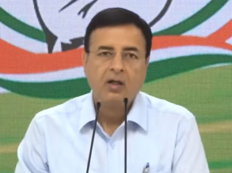 Congress communications chief Randeep Surjewala at a press briefing in New Delhi on Tuesday, March 26, 2019.