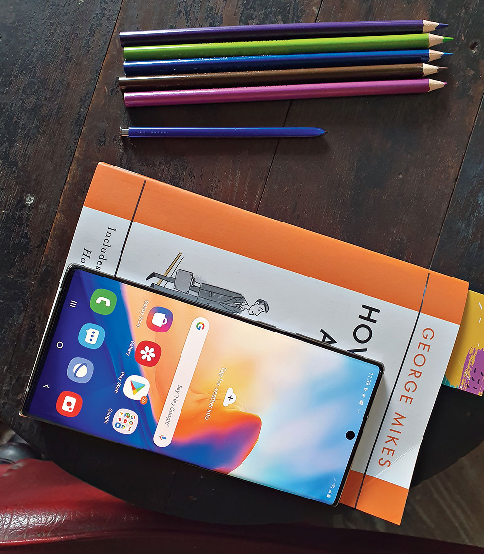 Galaxy Note has always been a genre-bender and what Samsung has done this time is make it a hub of our productive lives. It certainly delivers a big punch.