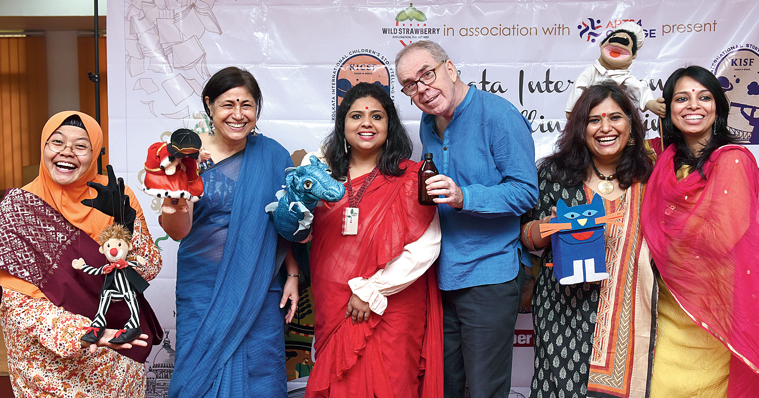 (From left) Jumaini Arif from Singapore, Seema Sapru, the principal of The Heritage School, Priyanka Chatterjee from Calcutta, Roger Jenkins from Singapore, Seema Wahi Mukherjee from Delhi and Nupur Aggarwal from Hyderabad after the workshop.