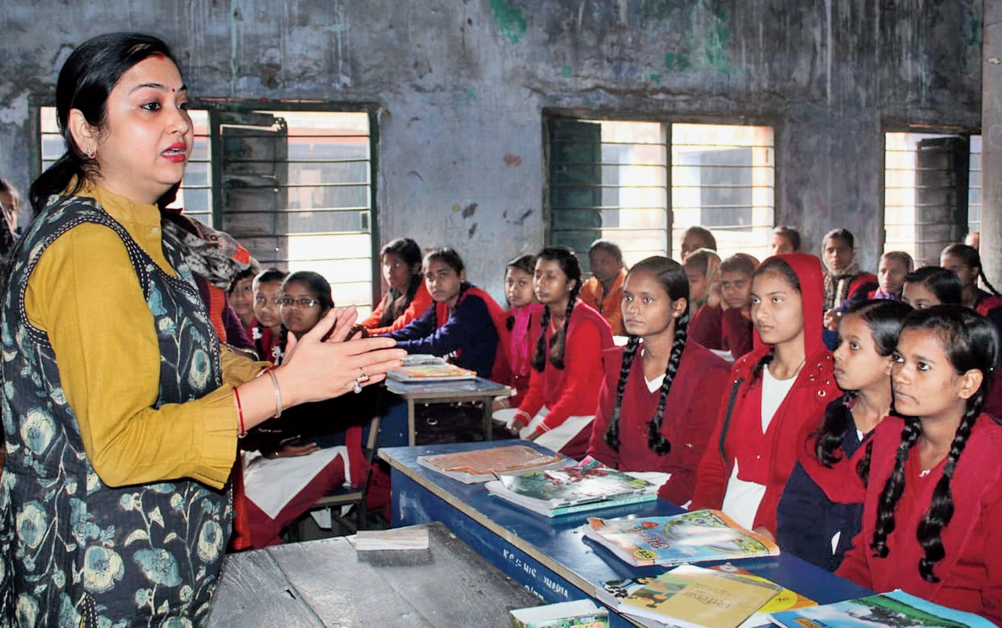 Prachi Jha teaches students of KC Girls High School in Jharia, Dhanbad.