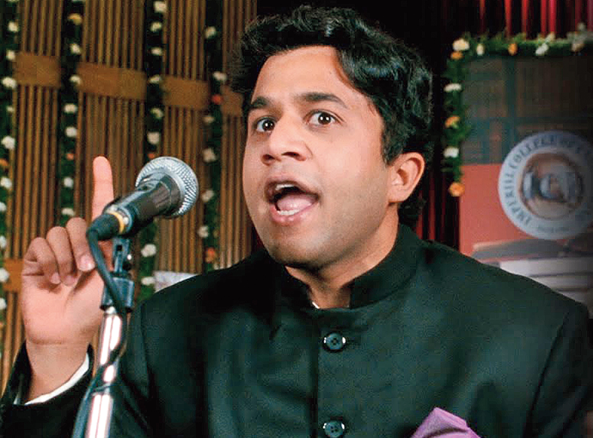 Omi Vaidya on being Chatur, a decade of 3 idiots and joining the desi digital bandwagon