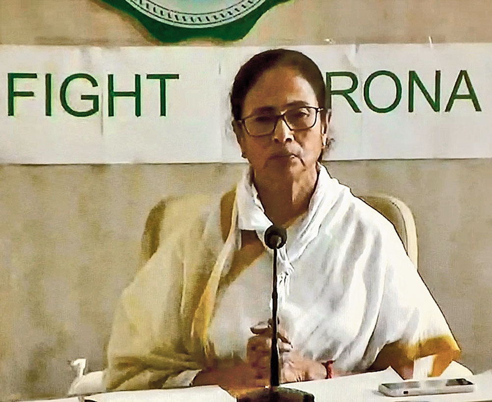 Govt wants people to get dailies: Mamata