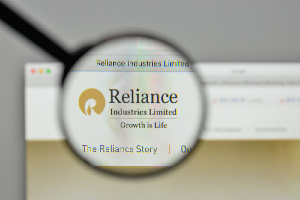 Analysts feel RIL is on course to realise this target, though it will have to come up with more asset sales that include bringing in investors for its fibre undertaking. RIL had a net debt of Rs 1.53 trillion during the December quarter of 2019.