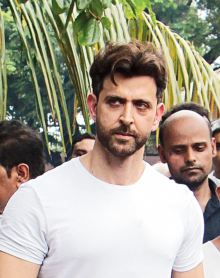 Hrithik Roshan went from one end of the spectrum with a down-to-earth Super 30 to the other end with a high gloss, handsome hunk in War