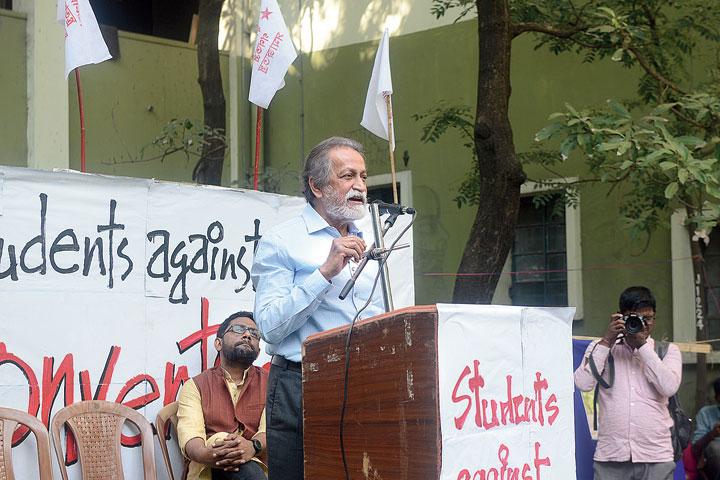 Economist Prabhat Patnaik speaks at a convention at Jadavpur University on Friday.