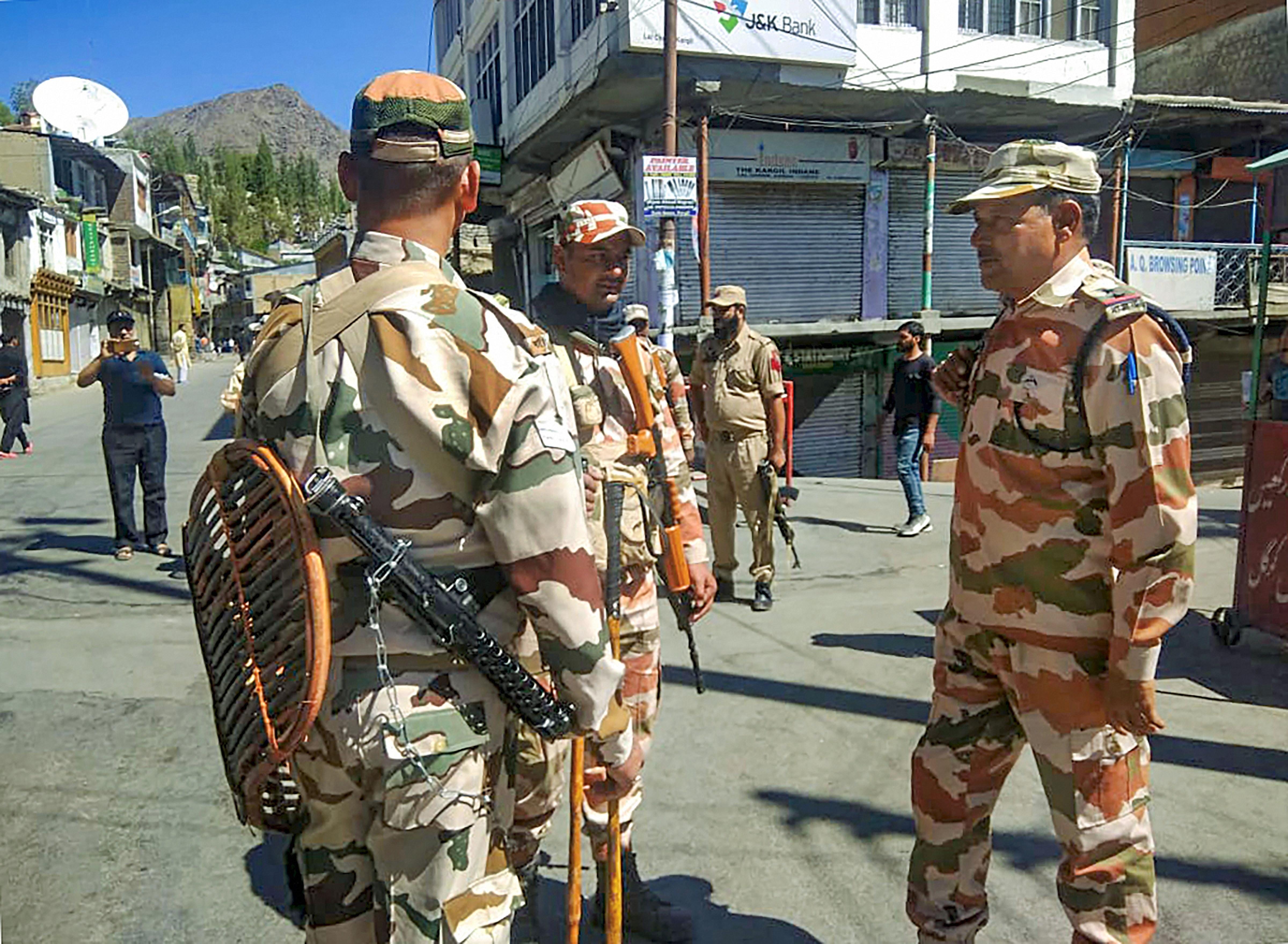 Kashmir: Pakistan painting alarming picture, says India