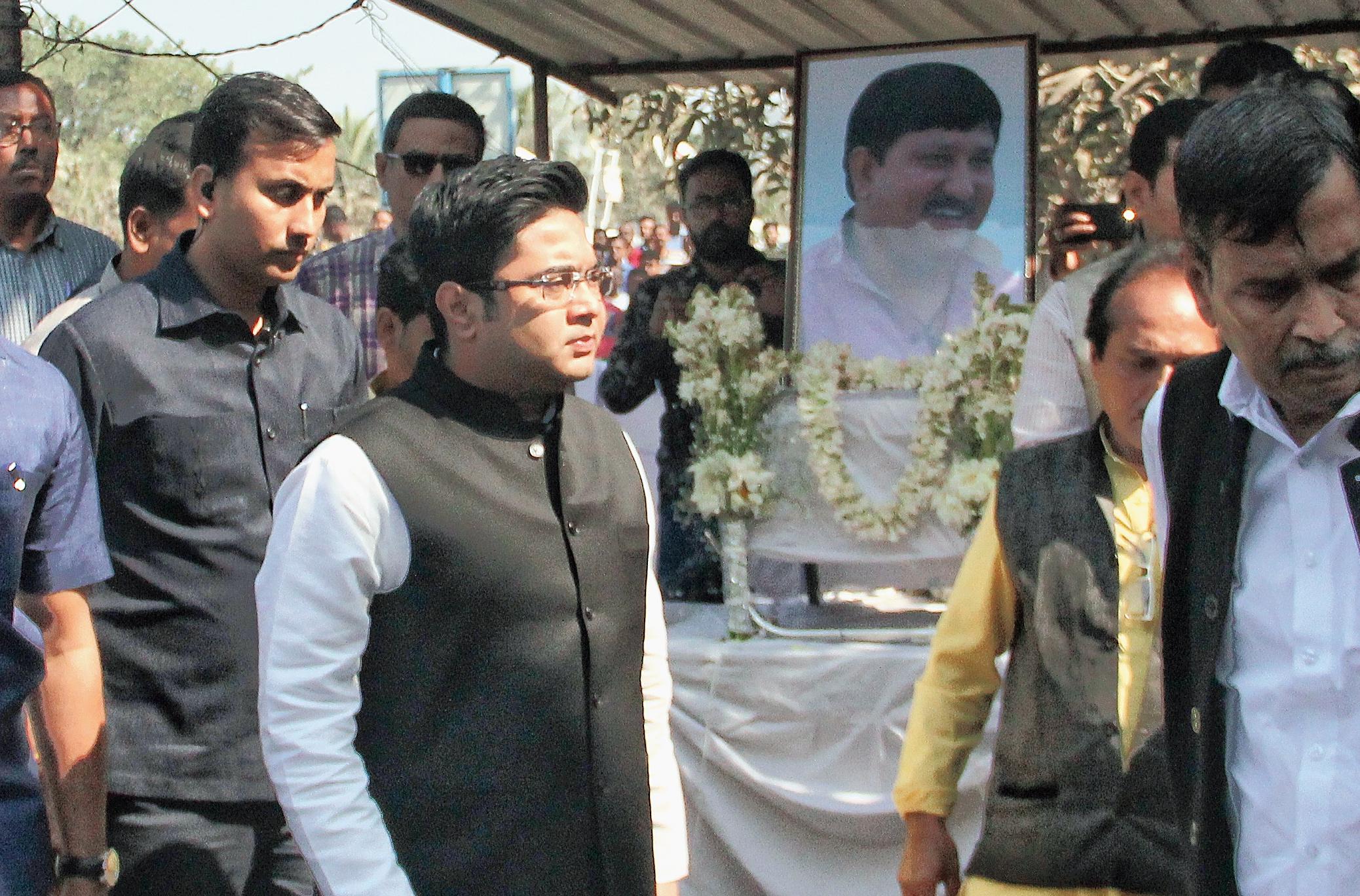 Abhishek Banerjee visits the slain MLA's home at Hanshkhali on Monday.