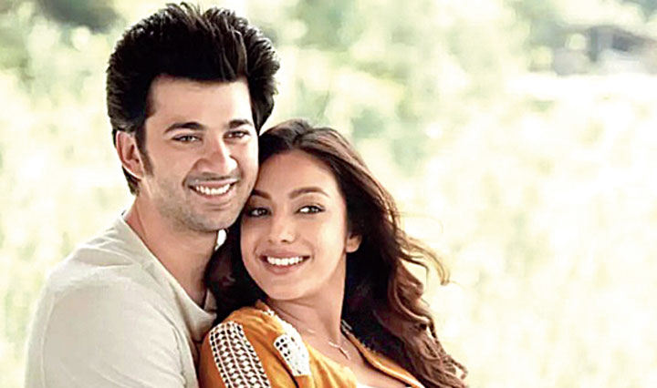 Sahher Bambba makes her debut opposite Karan Deol in Pal Pal Dil Ke Paas