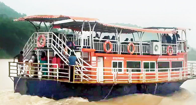 The tourist boat that capsized in the Godavari.