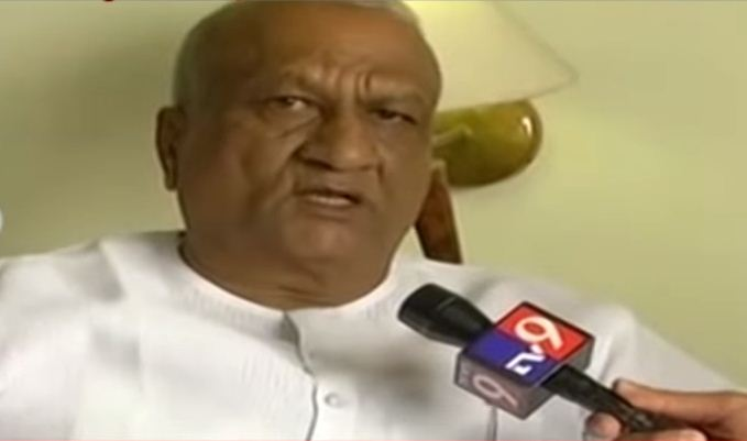 The move by Ashok Pujari of Gokak and former Kagwad MLA Raju Kage (in picture reverses a trend of defections from the Congress to the BJP in recent months, including an exodus in Maharashtra ahead of the Assembly polls in the western state.