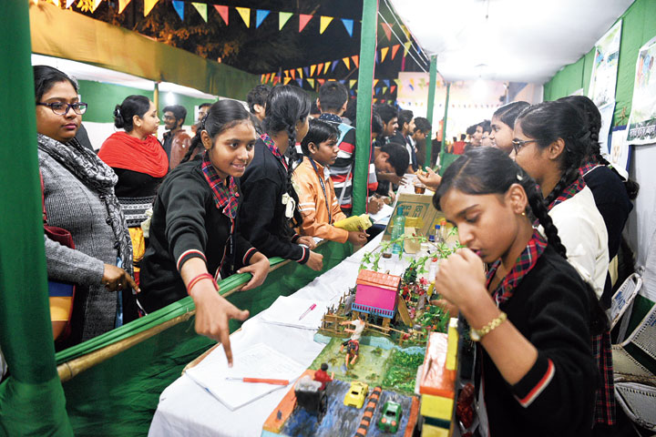 Stalls at the fair where students of various schools performed experiments