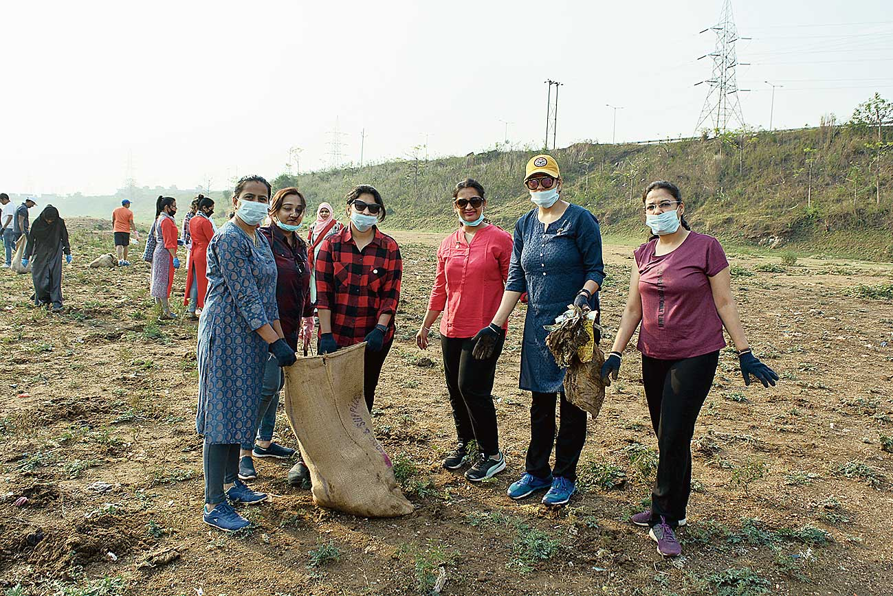 Members of social outfits take part in the cleanliness drive in Sonari, Jamshedpur,  on Sunday.