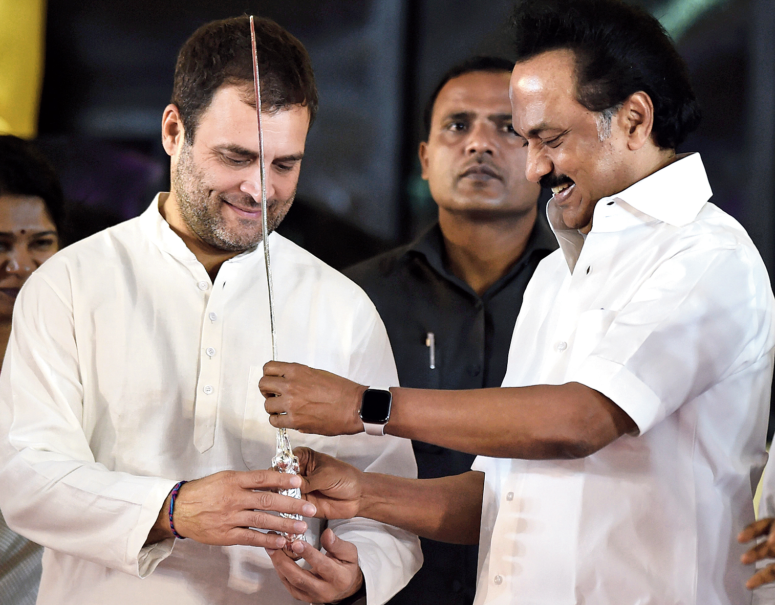 M.K. Stalin proposes Rahul Gandhi for PM to defeat 'Fascist Nazist' govt -  Telegraph India