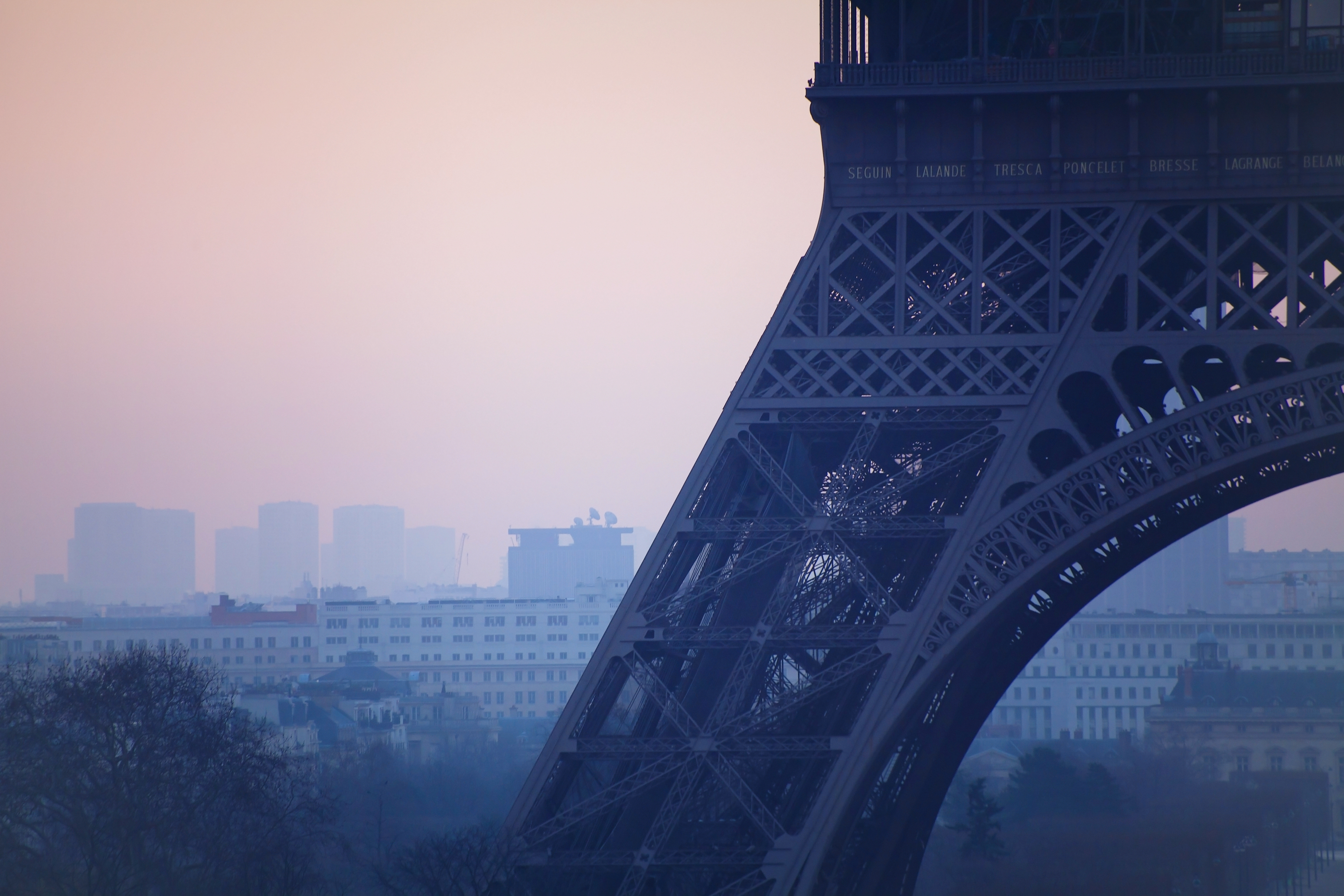 A haze of pollution covers Paris