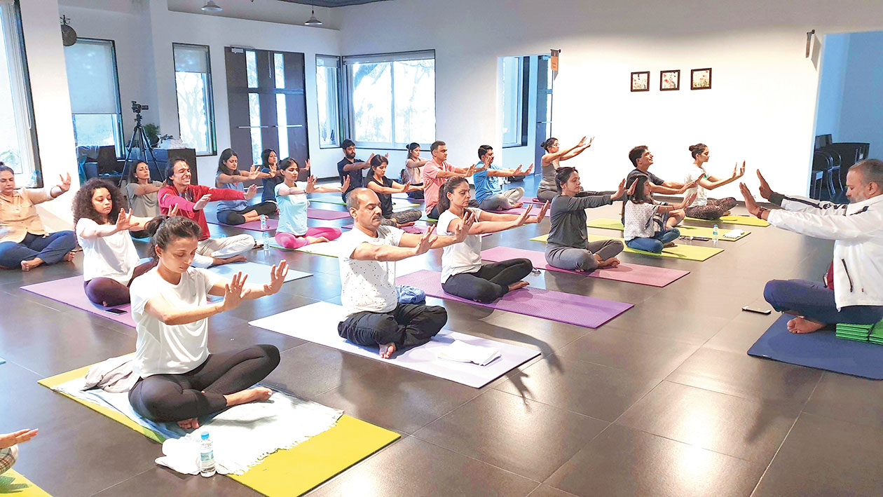 The Telegraph Goes On A Kundalini Yoga Retreat In Pune And Comes Back Zen Telegraph India