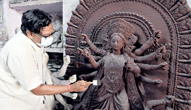 Hope rides on first order in idol hub of Calcutta