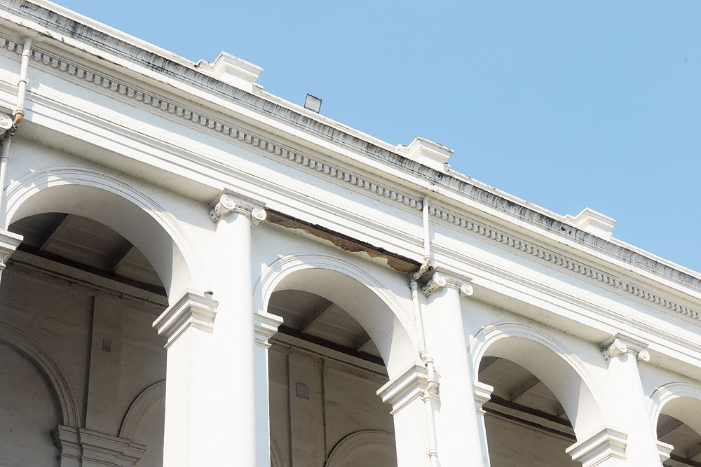 Crores spent, Indian Museum repairs crumble within 4 years