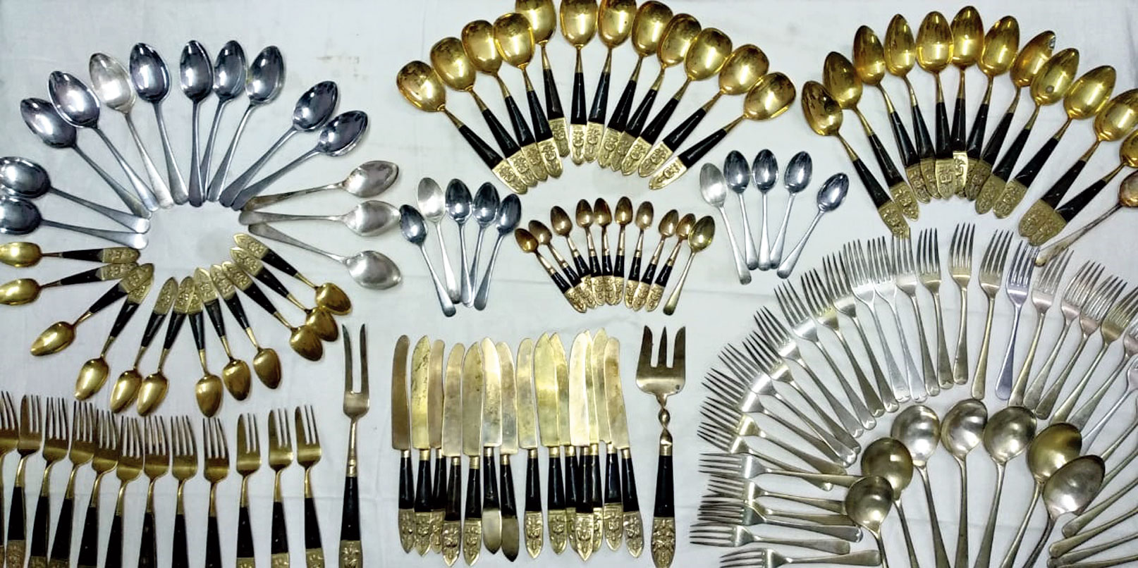 The cutlery items seized from Meghnath Mandal.
