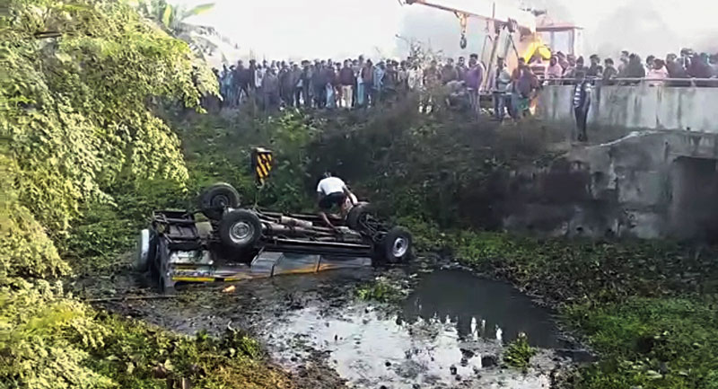 The pool car after it fell into a ditch along Delhi Road on Friday morning