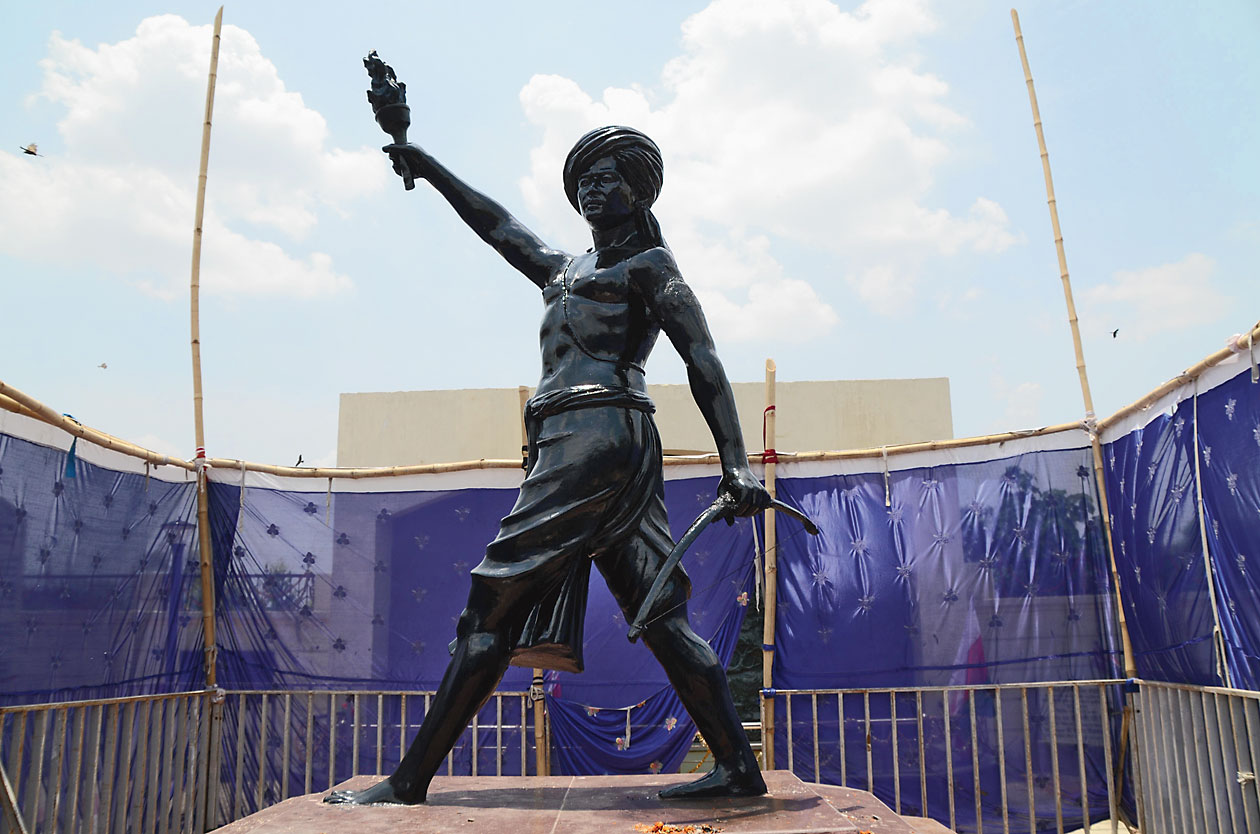 The restored statue of Birsa Munda.