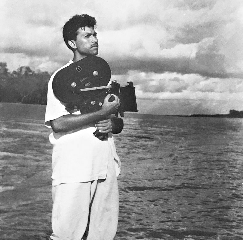 A Long Shot: Veteran cameraman who worked with Ritwik Ghatak, Satyajit Ray