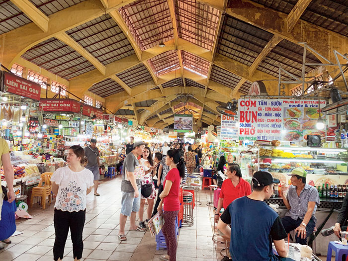 Benh Thanh market is home to souvenirs, food, decor items and scams (if one is not careful with their money!)