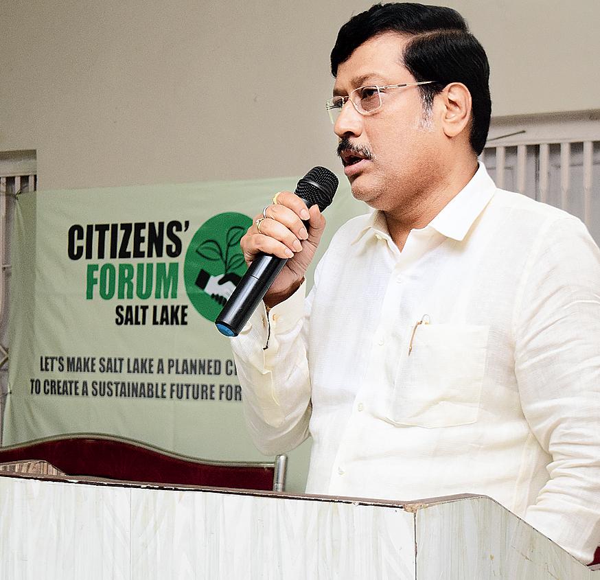 Mayor Sabyasachi Dutta speaks at the seminar