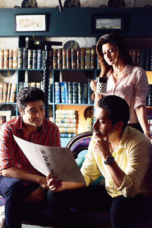 Gaurav Chakrabarty, Koel Mallick and Parambrata Chattopadhyay