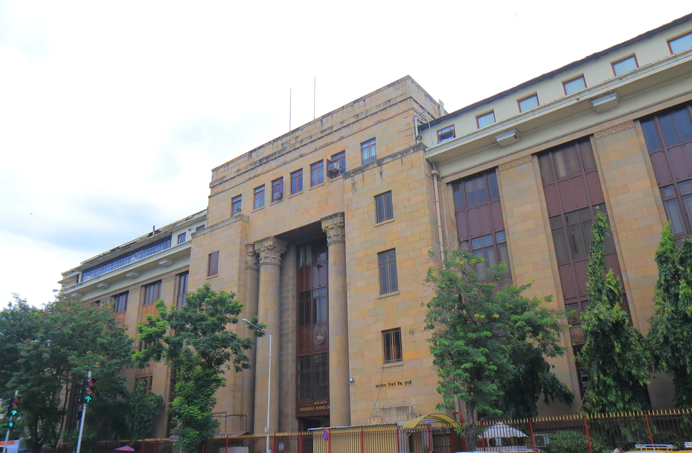 Govt banks on central bank to boost economy