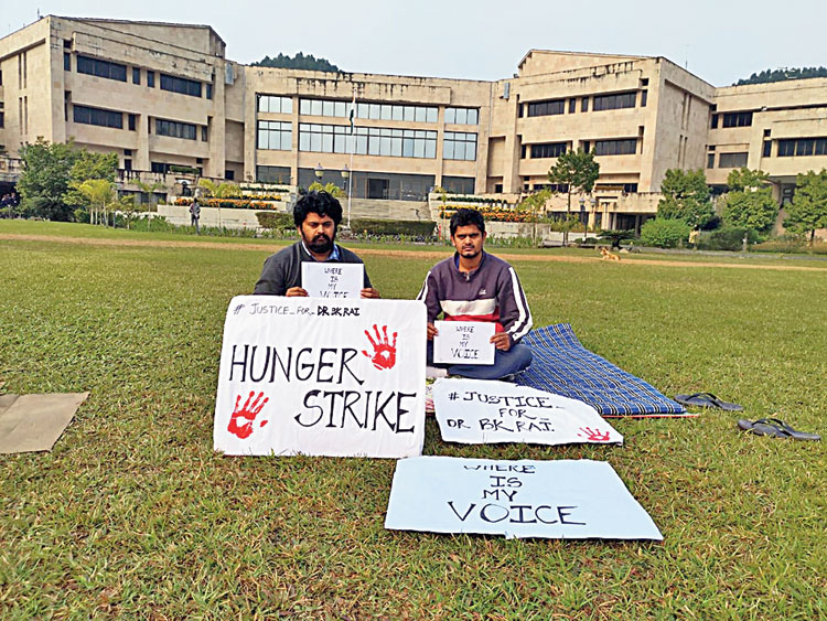 Vikrant Singh and Himanchal Singh on hunger strike at IIT
