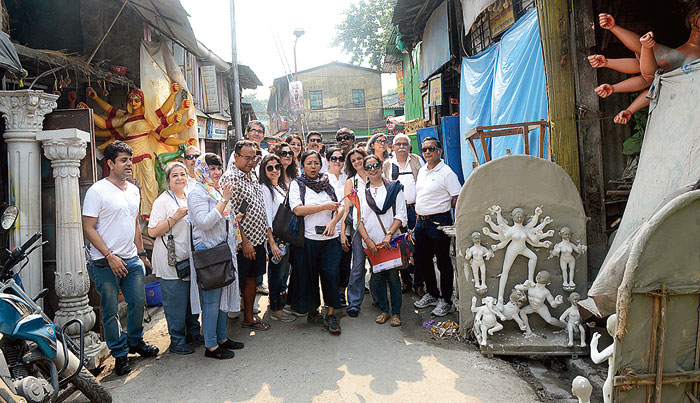 Living heritage: Tourists at Kumartuli in central Calcutta