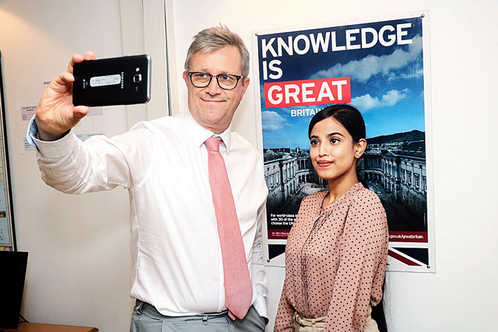 British deputy High Commissioner to Calcutta, Bruce Bucknell, poses with Monjita Baruah for a selfie in Calcutta on Thursday, October 10, 2019
