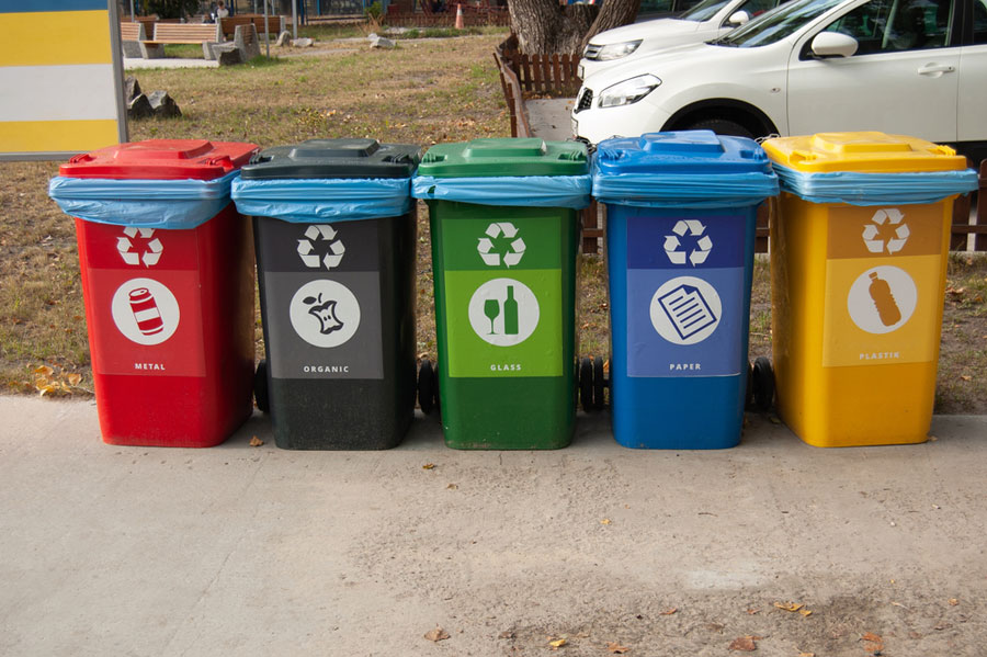 To enthuse people to segregate biodegradable and non-biodegradable waste and to raise awareness on the issue, the civic body has pasted smiley stickers on the bins and also named them