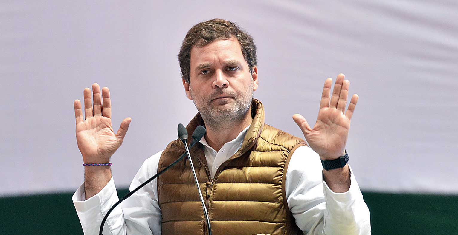 After dig at Modi's probity, Rahul guns for strongman image