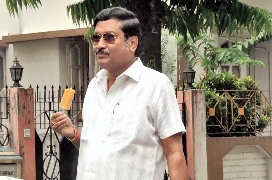 In what is being seen as an act of rebellion against mayor Sabyasachi Dutta (in picture), 25 councillors of the Trinamul Congress-led Bidhannagar Municipal corporation did not turn up for the board meeting on Monday, the first after the Lok Sabha polls got over.