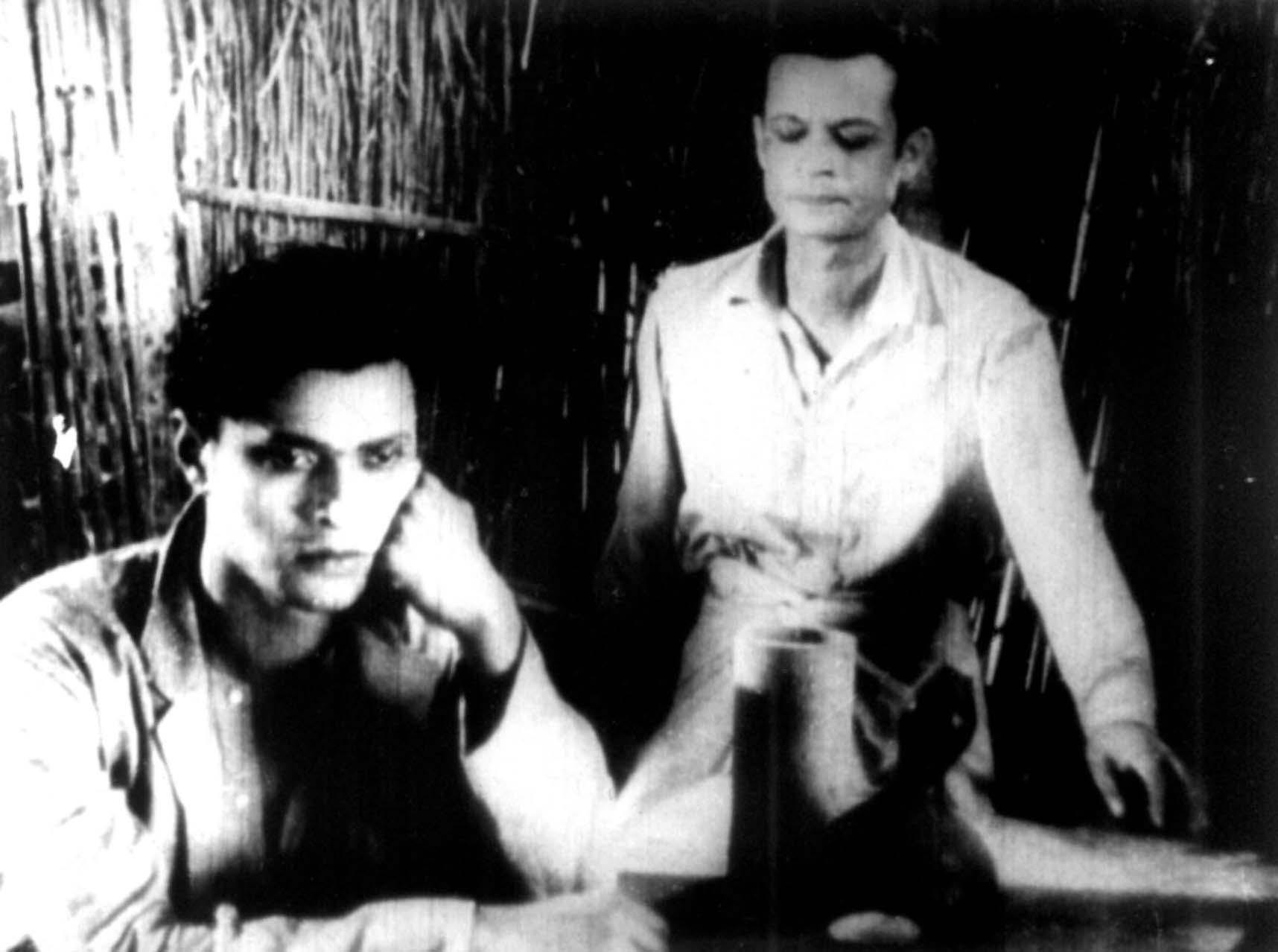 Pankaj Mullick in the 1937 film, Mukti, with Pramathesh Barua