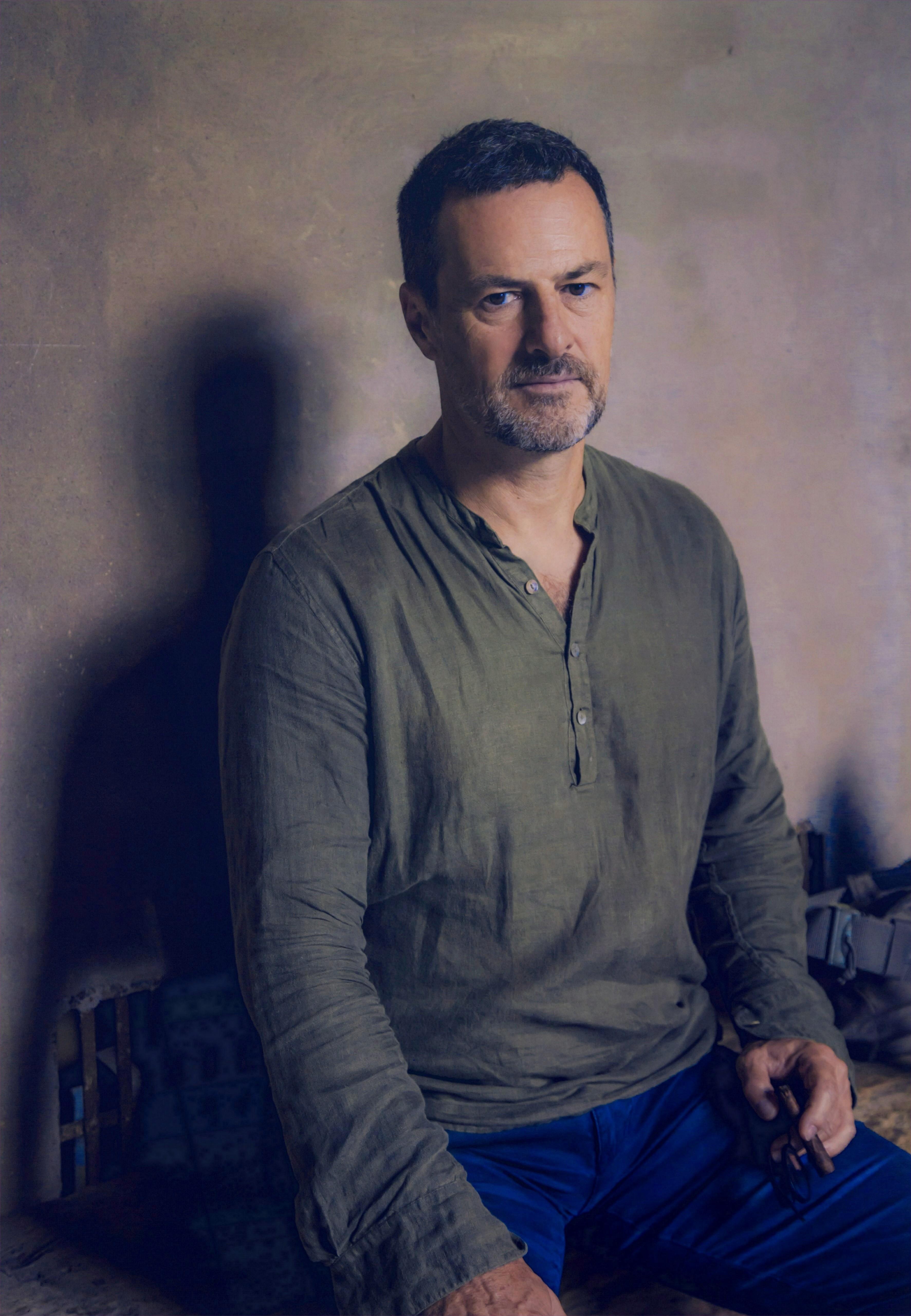 Italian writer Carlo Pizzati