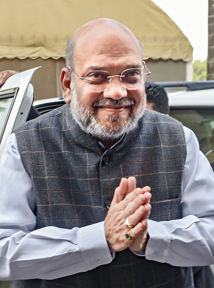 Shah arrives in Parliament on Wednesday