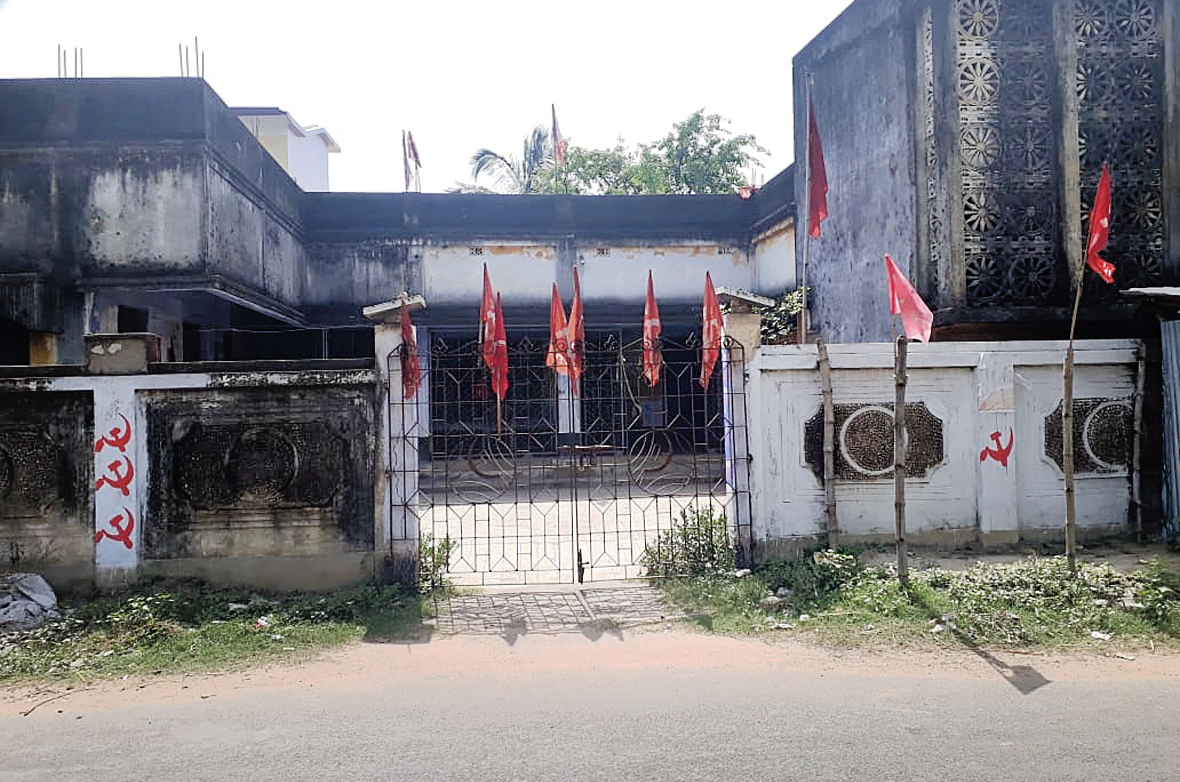 BJP occupies space vacated by communists in Midnapore