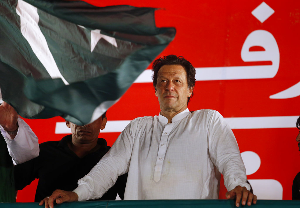 Imran Khan has strongly criticised New Delhi's actions in Kashmir in an international diplomacy campaign and cut off trade ties, but has condemned the plan to storm the LoC.