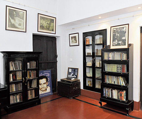 A portion of the first floor of the Centre for Studies in Social Sciences has been done up with a collection of Buddhadeva Bose's books and some of his furniture. The house that was once the residence of historian Jadunath Sarkar is now a museum