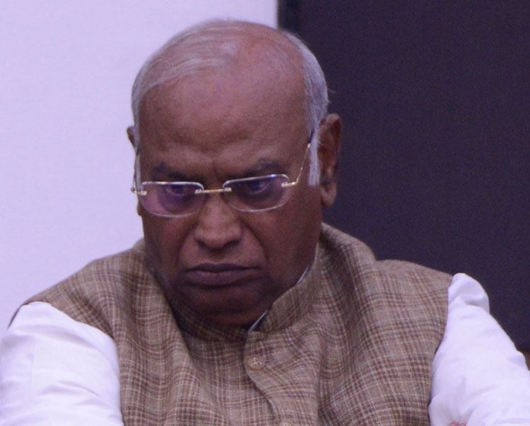 Opposition leader Mallikarjun Kharge has accused Modi of overruling all his objections and demands at every stage in the committee.