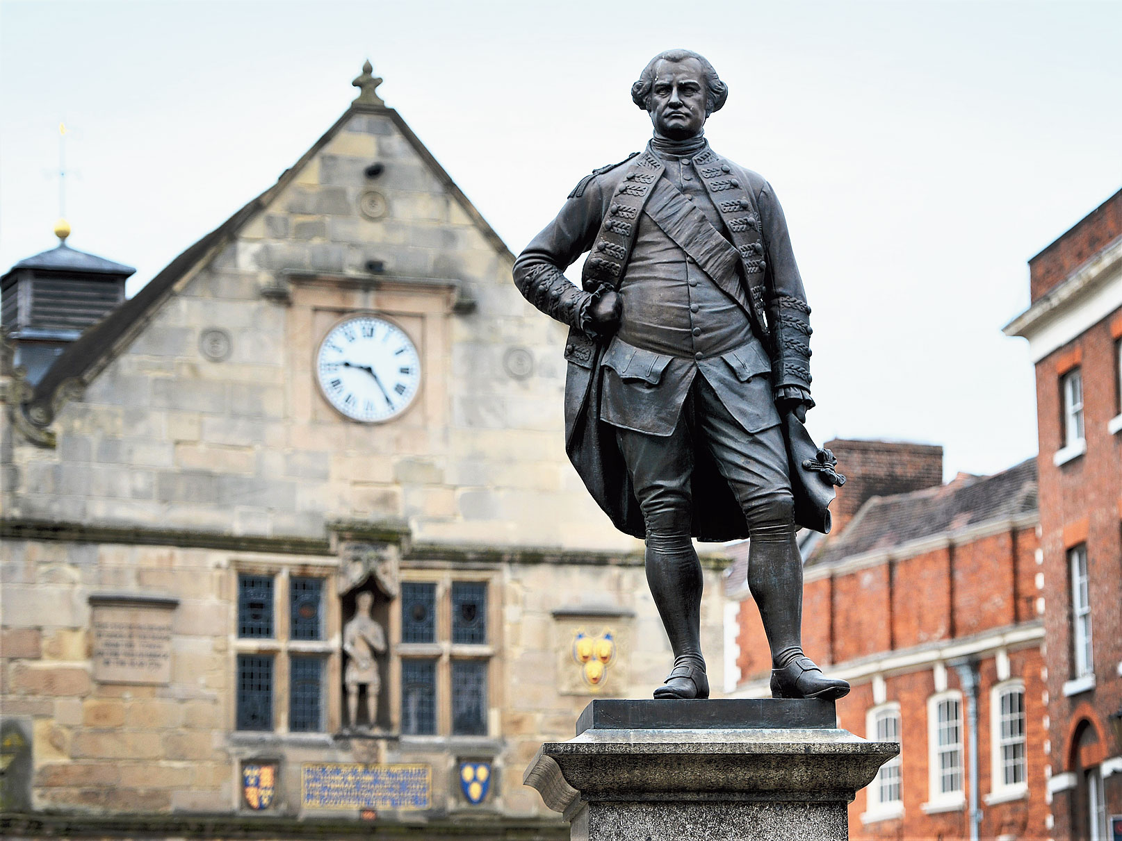 The Clive of India statue in Shrewsbury